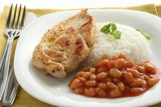 The main foods for lunch that are present every single day are rice and beans. A Brazilian eats rice and beans together with some meat and salad.