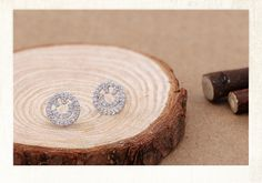 2014 Sparkling Daily Wear Cute Smiling Round Unique Zircon Fashion Stud Earring http://www.aliexpress.com/store/1482336