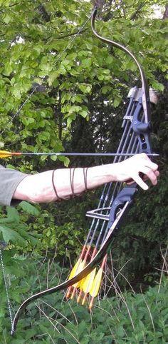 via-claudia-bogensport. Crossbow Targets, Diy Crossbow, Crossbow Arrows, Crossbow Hunting, Hunting Rifles, Hunting Gear, Hunting Bows, Hunting Stuff, Archery Gear