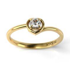 Ofera-i in dar acest inel din aur galben cu diamant, acum la un pret redus cu 30%, si cu siguranta, ea iti va darui inima ei. #inelcudiamant#valentine'sDay