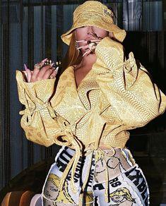 Rihanna Outfits, Rihanna Style, Edgy Outfits, Cool Outfits, Fashion Outfits, Fashion Killa, Girl Fashion, Fashion Looks, Womens Fashion