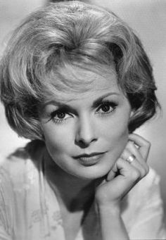 Janet Leigh | Jeanette Helen Morrison (July 6, 1927 – October 3, 2004), was an American actress and author. She is best remembered for her performance in Alfred Hitchcock's Psycho (1960), for which she was awarded the Golden Globe Award for Best Supporting Actress. By her marriage to actor Tony Curtis, she was the mother of Jamie Lee Curtis and Kelly Curtis.