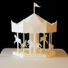 merry-go-round Pop-Up paper craft This artist's work is incredibly beautiful. And amazing. Cuento Pop Up, Craft Projects, Projects To Try, Wood Craft Patterns, Pop Up Art, Paper Pop, Paper Artwork, Scrapbook, Kirigami