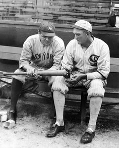 Shoeless Joe Jackson of the Chicago White Sox and the New York Yankees' Babe Ruth look at one of Babe's home run bats. Get premium, high resolution news photos at Getty Images Babe Ruth, Dodgers, Independent Day, Equipo Milwaukee Brewers, John Fogerty, Swing, Sports Baseball, Baseball Players, Baseball Stuff