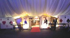 We're getting more requests for James Bond themed events.  Here's a great casino theme tie in with James Bond for decor.