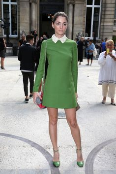 Sofia Sanchez takes the cake in her pretty green shirt dress and matching accessories. In Milan #SofiaSanchezBarrenchea #MMFW