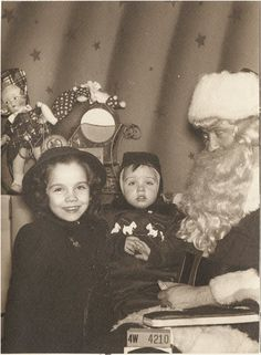 VINTAGE 1940's CHRISTMAS: kids with Santa Claus.
