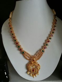Gold Mangalsutra Designs, Gold Jewellery Design, Gold Necklace Simple, Ruby Necklace, Gold Necklaces, Short Necklace, Necklace Set, Earrings, Gems Jewelry