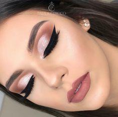 - - Beauty Makeup Hacks Ideas Wedding Makeup Looks for Women Makeup Tips Prom Makeup idea. Bride Makeup, Prom Makeup, Wedding Hair And Makeup, Makeup 2018, Makeup Goals, Makeup Tips, Makeup Ideas, Beauty Makeup, Beauty Tips