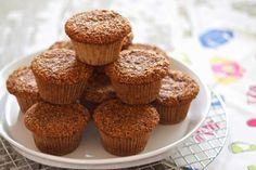 a cup of mascarpone: the best ever bran muffins Wine Recipes, My Recipes, Sweet Recipes, Favorite Recipes, Muffin Recipes, Muffins Sains, Raisin Bran Muffins, Apple Coffee Cakes, Muffin Bread
