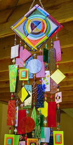 Image detail for -Stained and fused glass wind chimes, suncatchers, fan pulls, wall and window decorations crafted by Jeanne Van Kirk. Mobiles, Fused Glass Art, Stained Glass Art, Dreamcatchers, Mosaic Art, Mosaic Glass, Glass Wind Chimes, Art Plastique, Suncatchers