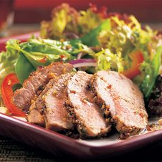 Grilled Asian Pork Tenderloin Salad - The Pampered Chef®
