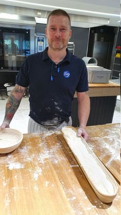 Ammattileipurin vinkit juureen leivotulle leivälle Bread Baking, Goodies, Brunch, Mens Tops, Recipes, Monet, Cakes, Summer, Baking
