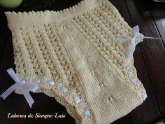 White Granny Square Christening Blanket with Scalloped Edging Crochet Granny, Baby Blanket Crochet, Crochet Baby, Knit Crochet, Baby Afghans, Crochet Blankets, Baby Blankets, Baby Patterns, Knitting Patterns
