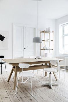 Skovby SM11. Oak table. #Skovbyfurniture #danishdesign #madeindenmark #diningtable #Scandinavian #interior #scandinavianinterior #nordicinterior