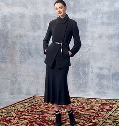 New sewing pattern from Donna Karan for Vogue Patterns. Misses' Jacket and Skirt Vogue Sewing Patterns, Clothing Patterns, Blouse And Skirt, Peplum Dress, Flamboyant, Classy And Fabulous, Donna Karan, Flare Skirt, Knitwear