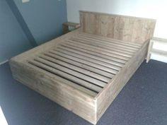 2 persoonsbed 160x200 cm gebruikt steigerhout en geschuurd