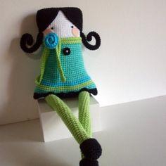 boneca de crochê Maria