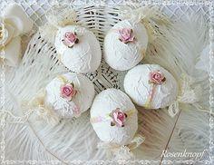 OSTER-EI  Shabby Rosé Weiß Rose Blüte Ostern Ivory von Rosenknopf auf DaWanda.com