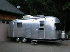 Airstream such a great looking van!