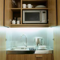 Kitchenette - bare minimum Studio Kitchenette, Kitchenette Design, Kitchenette Ideas, Basement Studio, Basement Ideas, Hotel Kitchen, Kensington London, London Hotels, Beach House