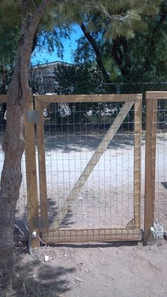 Building A Fence For Dummies (Part 2)--Building the Gate--Lots of pics and easy to follow!