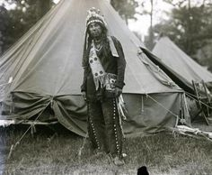 William Neptune at Deering Oaks Park in Portland, Maine - Passamaquoddy – 1920 Native American Pictures, Native American Beauty, American Indian Art, Native American History, Native American Indians, American Life, Indian Tribes, First Nations, Portland Maine