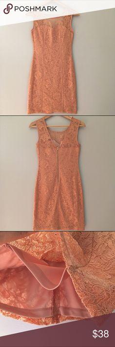 Lace Dress EUC Zipper closure on the back. Fast shipping. Dresses
