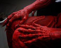 Crimson Peak (2015) Doug Jones' monster hands as Lady Sharp, makeup by David Martí DDT Efectos Especiales.
