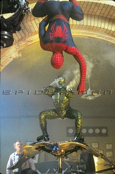Spiderman Sam Raimi, Spiderman 2002, The Amazing Spiderman 2, Marvel Heroes, Marvel Comics, Spider Man Trilogy, Real Spiders, Spectacular Spider Man, Human Poses Reference