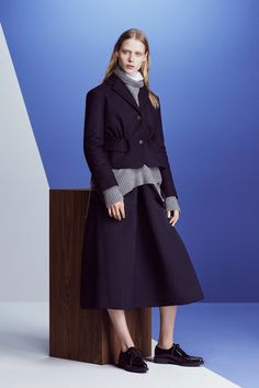 http://www.vogue.com/fashion-shows/fall-2016-ready-to-wear/jil-sander-navy/slideshow/collection