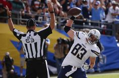 San Diego Chargers tight end John Phillips celebrates his touchdown catch while playing the Cleveland Browns during the second half in an NFL football game, Sunday, Oct. 4, 2015, in San Diego.