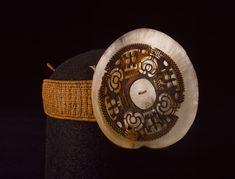 Uhikana (headdress)--Marquesan artist, 1800-1807 Coconut fiber, mother of pearl, tortoise shell, tapa Marquesas Islands