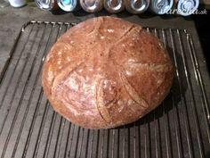 Kváskový chlieb, ktorý zvládne každý (fotorecept) - Recept Breads, Basket, Diet, Brot, Bread Rolls, Bread, Braided Pigtails, Buns