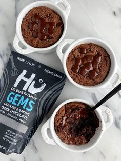 Extra Fudgey Mini Paleo Brownie Skillets made with all gluten-free and dairy-free ingredients. Only 6 key ingredients need to make these healthy brownies. Hu Chocolate, Chocolate Lava Cake, Melting Chocolate, Mini Brownies, Healthy Brownies, Paleo Dessert, Dessert Recipes, Desserts, Single Serve Brownie