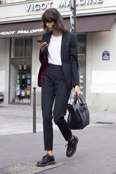 Charlotte black women suit black and white Celine bag black street style km