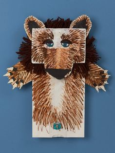 Easy bear puppets with markers and paper bags. | easy kids crafts