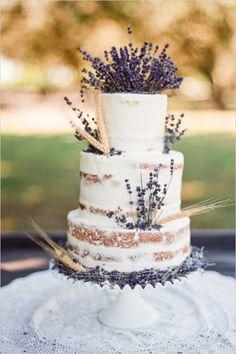 levandulova_naked_svadobna_torta_weddingchicks.com