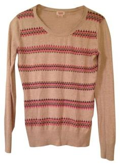 Chic Light Crew-Neck Patterned Sweater