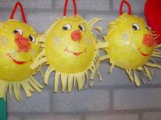 `* Prachtige zonnen van papier-maché