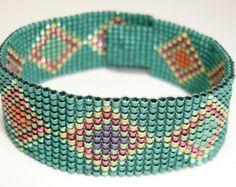 Aiko for You - Triangle Bracelet