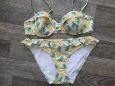 accessorize pineapple design