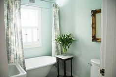 A Country Farmhouse: Search results for bathroom Country Farmhouse, Country Decor, Bathroom Design Inspiration, Interior Inspiration, Shed Design, Downstairs Bathroom, Small Bathroom, Office Makeover, Big Girl Rooms