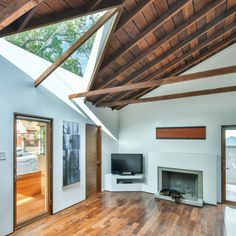 Martin Fenlon Architecture Complete a Major Remodeling of a...