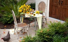 Savannah Style: Fall Table for Two...Paula Deen's table .........so inviting