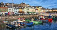 Exceptional, breathtaking, and so absolutely alluring; there is an unspoken magic that comes with a visit to the enchanting rocky shores of Ireland.