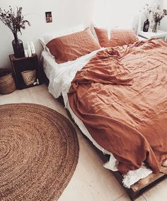 57 Bohemian Bedrooms That'll Make You Want to Redecorate ASAP - reci. - 57 Bohemian Bedrooms That'll Make You Want to Redecorate ASAP – recipes club - Teenage Room Decor, Teenage Bedrooms, Bohemian Bedrooms, Bohemian Room, Trendy Bedroom, Bohemian House, Modern Bohemian, Modern Bedroom, Boho Chic