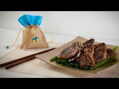Korean Beef BBQ (Galbi) the famous Korean marinated beef, now you can make it at home! Korean Beef Short Ribs, Cooking Ribeye Steak, Best Cooking Oil, Frozen Shrimp, Marinated Beef, What To Cook, Korean Food, Beef Recipes, Easy