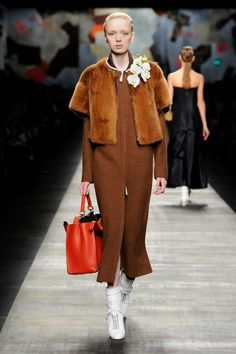 Fendi Fall/Winter 2014-15 Collection - Look 10