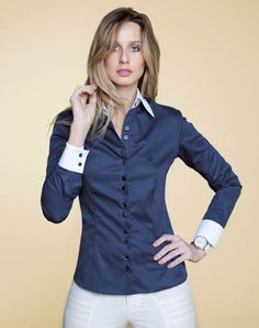 38 Shirt Ideas for Women That Make you Look Charmy Button Up Shirt Womens, Blazer With Jeans, Pretty Shirts, Stylish Outfits, Fashion Outfits, Satin Blouses, Formal Shirts, Looking For Women, Beautiful Outfits